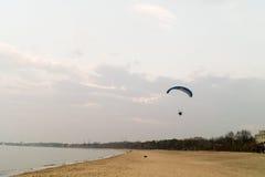 flygparaglidersky Royaltyfri Bild