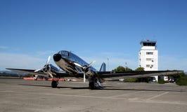 flygplan dakota dc3 douglas Arkivfoto