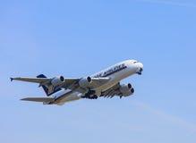 Flygplan för flygbuss A380 av Singapore Airlines Arkivfoton