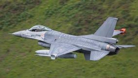 Flygplan för jaktflygplan F16 Arkivbild