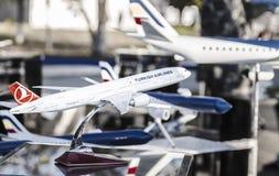 Flygplan för liten modell Arkivbilder
