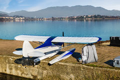 Flygplan för liten skala Radio kontrollerad modellsjöflygplan Royaltyfri Foto
