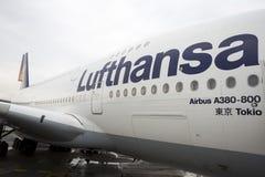 Flygplan för Lufthansa flygbuss A380 Fotografering för Bildbyråer