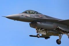 Flygplan för stråle för kunglig nederländsk falk för flygvapenKoninklijke Luchtmacht General Dynamics F-16AM stridighet militärt  Royaltyfria Bilder