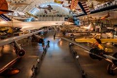 Flygplan i dendisiga mitten för luft- och utrymmemuseum, i Chan Arkivbild