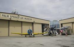 Flygplan i Palm Springs för Palm Springsluftmuseum fotografering för bildbyråer