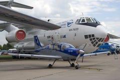 Flygplan IL-76LL på den internationella rymdsalongen MAKS-2017 för MAKS Arkivbild