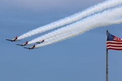 Flygplan med USA-flaggan Royaltyfri Foto