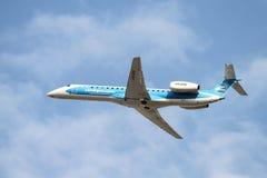 flygplan tar av Royaltyfria Bilder