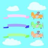 Flygplan tre med kattpiloter och baner arkivbilder