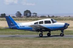 Flygplan VH-RWA för enkel motor för musketör för bokträd A23A ljust royaltyfria bilder