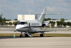 flygplancharterstråle royaltyfri fotografi