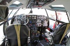 Flygplancockpit för kommando C-46 Arkivfoto