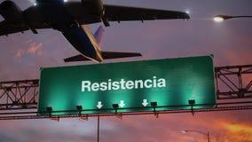 Flygplanet tar av Resistencia under en underbar soluppgång lager videofilmer