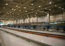 flygplanfabriksproduktion Arkivfoton