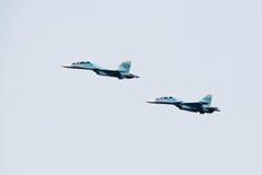 Flygplanferie, demonstrationskapaciteter av militära piloter Arkivfoto