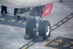 Flygplanhjul Arkivfoton