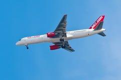 Flygplanlandning Arkivfoto