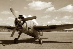 flygplanmilitärtappning royaltyfria bilder