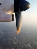 Flygplanroter blad arkivbild