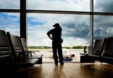 flygplatsöverföringsvänte arkivfoton