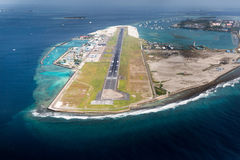 Flygplats av stadsmannen i den Maldiverna regionen Royaltyfri Bild