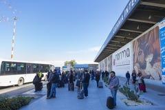 Flygplats - bussstation Royaltyfri Fotografi