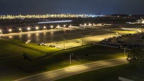 Flygplats för flygplanTid schackningsperiod lager videofilmer