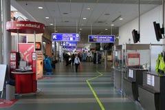 flygplats gdansk royaltyfri bild