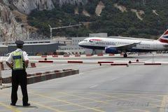 flygplats gibraltar Arkivbild