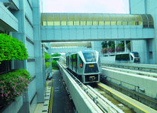 Flygplats Skytrain, Singapore Arkivbilder