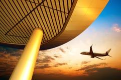 flygplatsaftonpudong shanghai Arkivfoto