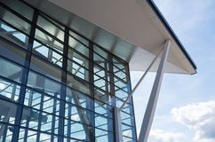 Flygplatsarkitektur i Gdańsk, Polen royaltyfri foto