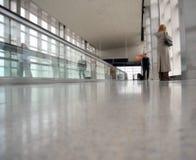 flygplatsconcourse Royaltyfri Bild