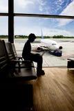 flygplatsdatorarbete Fotografering för Bildbyråer