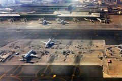 flygplatsdubai international arkivbild
