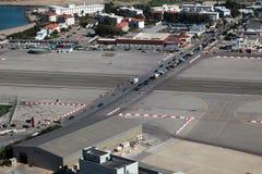 flygplatsgibraltar landningsbana Royaltyfri Fotografi