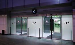 Flygplatsingång i Budapest Royaltyfri Foto