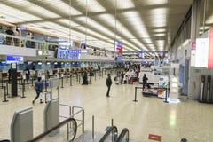Flygplatsinre i Genève Arkivbild