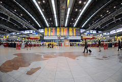 flygplatskontroll prague Arkivfoto