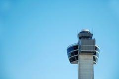 flygplatskontrolltorn Fotografering för Bildbyråer