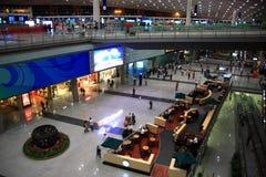 flygplatskorridor Arkivbilder
