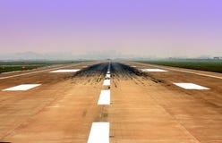 flygplatslandningsbanayttersida Arkivfoto