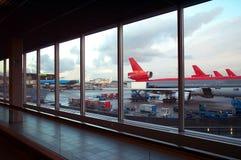 flygplatsparkering Royaltyfri Foto