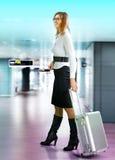 flygplatspassagerare Fotografering för Bildbyråer