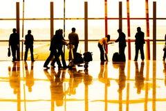 flygplatspassagerare Arkivbilder