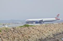 Flygplatssäkerhet på landningsbana Fotografering för Bildbyråer