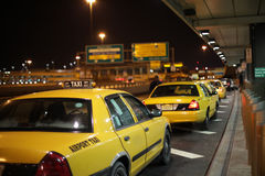 Flygplatstaxi Fotografering för Bildbyråer