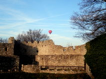 Flying balloon over the castle Royalty Free Stock Photos