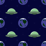 Flying saucers and planets seamless pattern Royalty Free Stock Photos